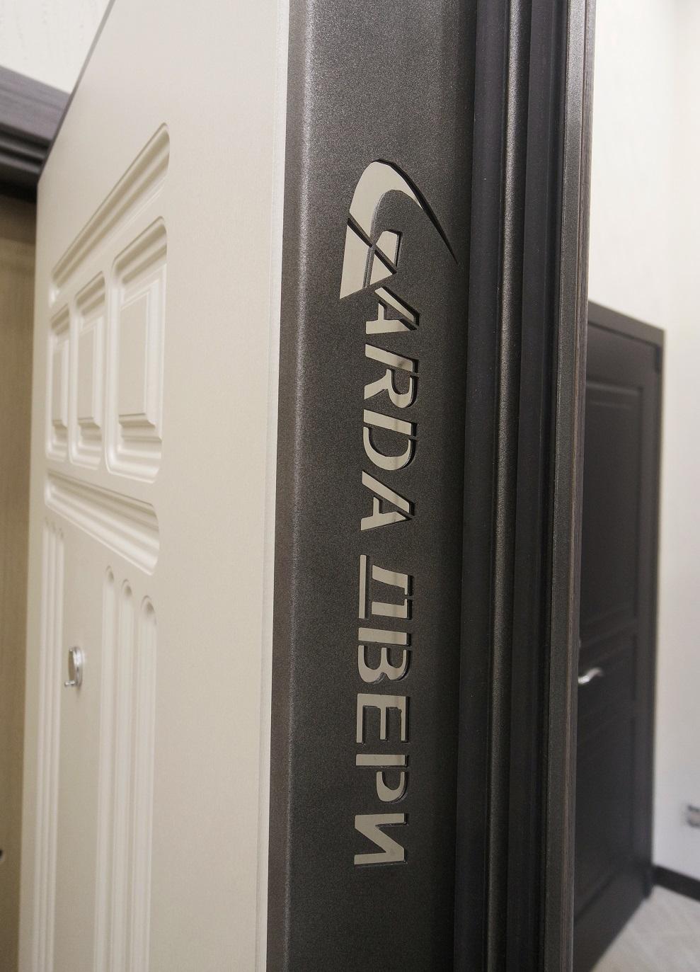 Входная металлическая дверь Гарда (Garda)